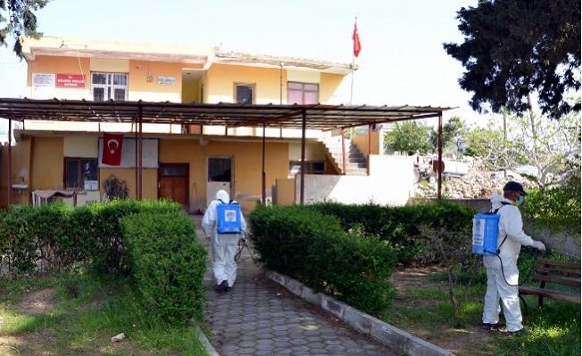 Akdeniz'de Kırsal Mahalleler Dezenfekte Ediliyor