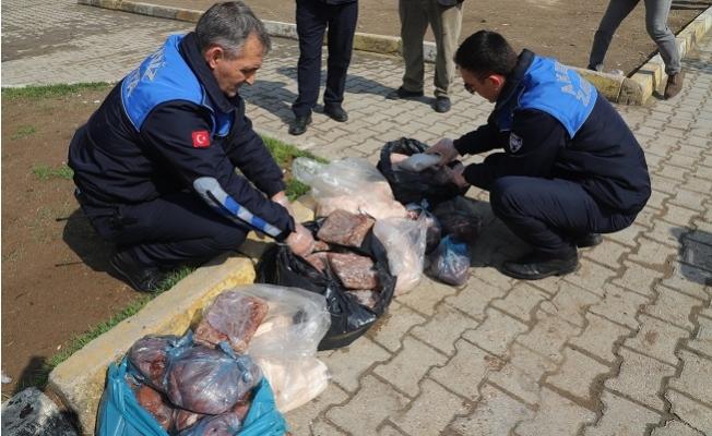 Akdeniz Zabıtası, 91 Kilo Kokmuş Et Ele Geçirdi!