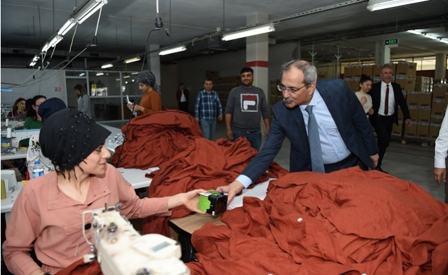 Başkan Bozdoğan'dan Tarım ve Tekstil İşçilerine Ziyaret