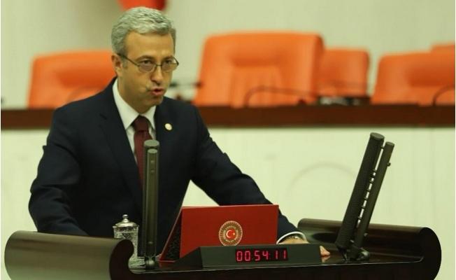 CHP'li Antmen: Askerimizi şehit eden Rusya'ya Askeri Üs mü Verilecek?