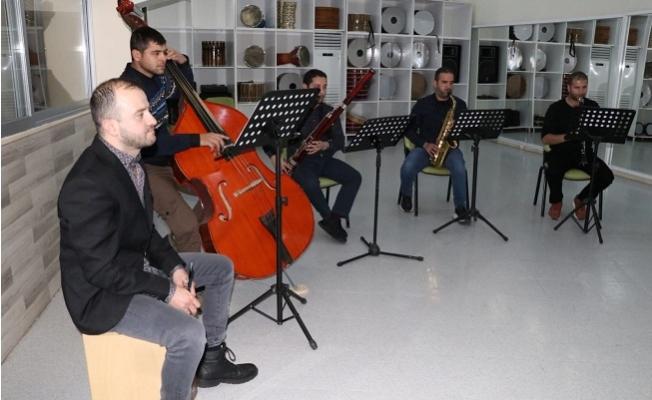 Kültür-Sanat Büyükşehir'le Evinizde