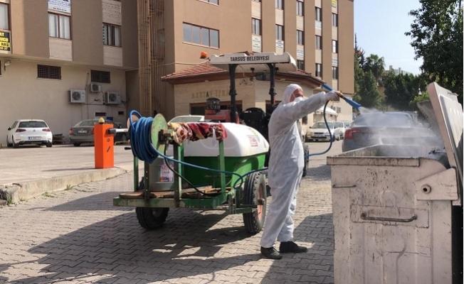 Tarsus'ta Şehrin Her Noktasında İlaçlama Yapıyor