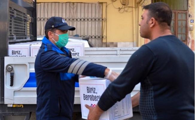 Büyükşehir, Koronavirüs Sürecinde Seyyar Satıcıları da Yalnız Bırakmadı