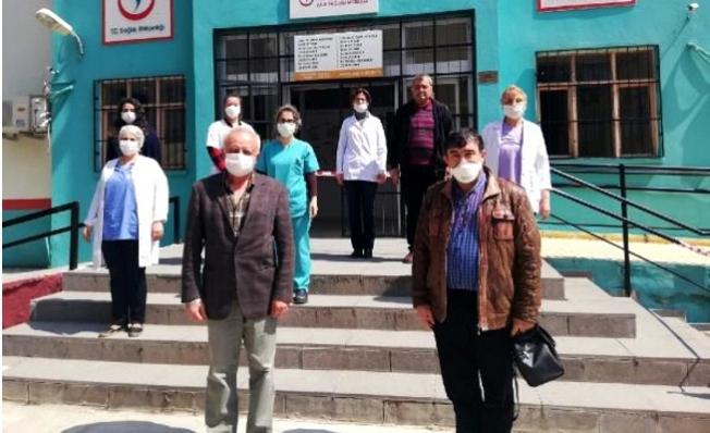 Koronavirüsten Ölen Prof. Dr. Taşçıoğlu için Mersin'de Saygı Duruşu