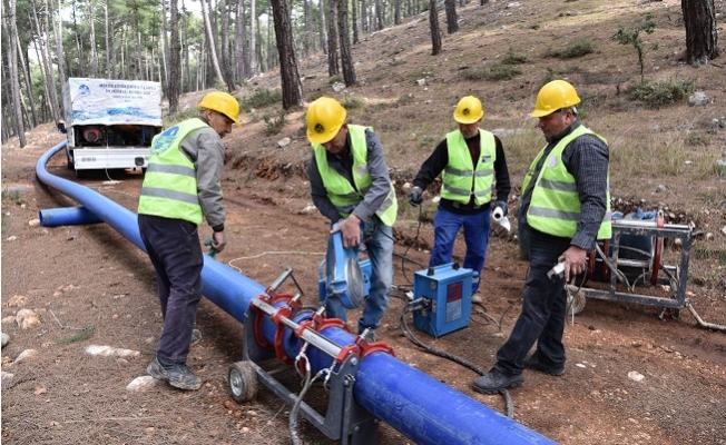 Meski, Tarsus'da  Mahallenin İçme Suyu Hattını Yeniledi