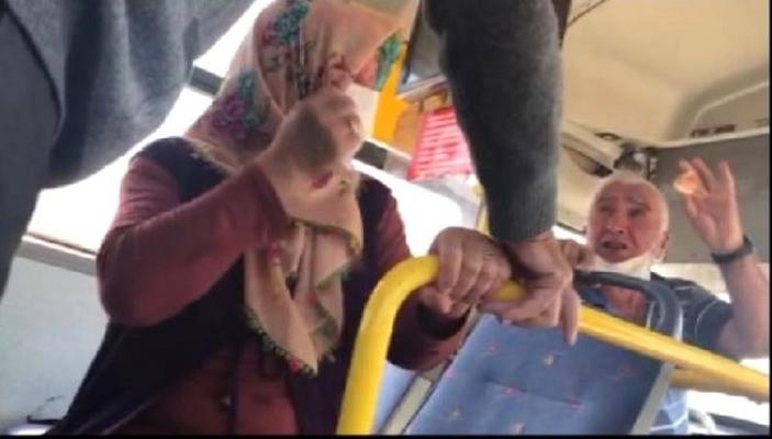 Tarsus'da 65 Yaş Üstü Çift, Halk Otobüsünden İndirildi