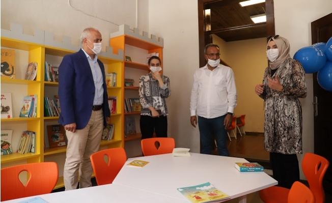 Başkan Gültak, Çocuk Kütüphanesini ve Oyun Alanını Hizmete Açtı.