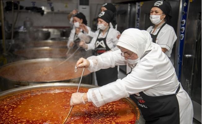 Büyükşehir Yemek Hizmeti 71 Günde 400 Bine Ulaştı