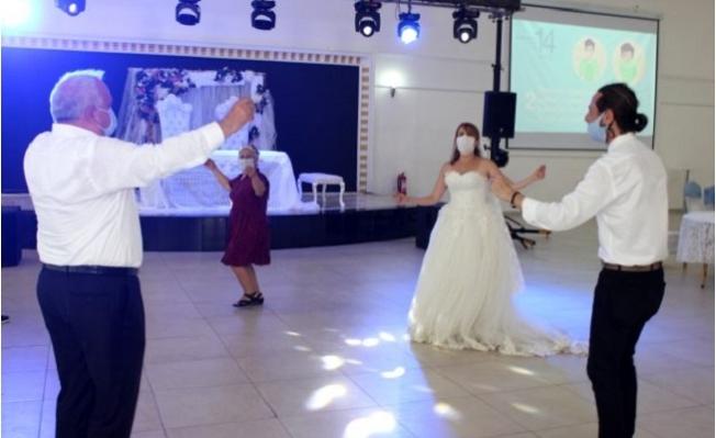 Erdemli'de Koronavirüs Tedbirleri, Temsili Düğünle Anlatıldı