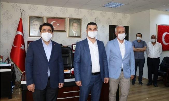 Mersin'de CHP'li Meclis Üyesi, AKP'ye Geçti.