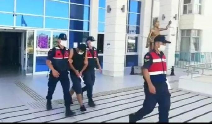 Mersin'de Yaşlıları FETÖ Yalanı ile 98 Bin TL Dolandıran Zanlıya Suçüstü