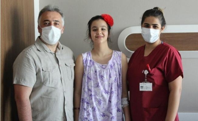 11 yaşındaki Buse Skolyoz Ameliyatıyla Sağlığına Kavuştu