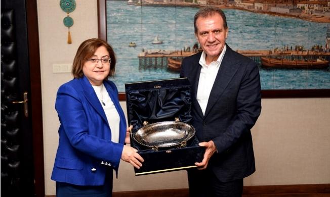 Başkan Seçer, Gaziantep Büyükşehir Belediye Başkanını Ağırladı.