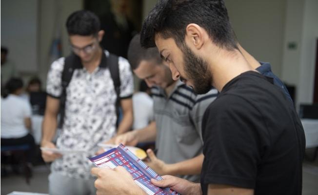 Mersin Büyükşehir'den Destek Alan 124 Genç YKS Sınavında İlk 50 Bine Girdi.