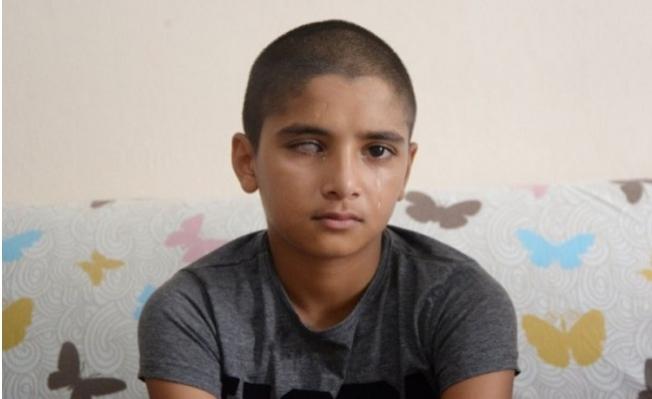 Mersin'de 12 Yaşındaki Kerem'in Yeniden Görmesi İçin 45 Bin Liraya İhtiyaç Var