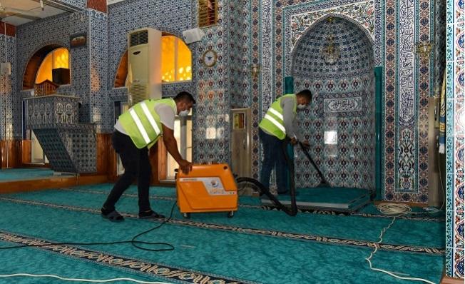 Mersin'de İbadethaneler Bayrama Hazırlanıyor
