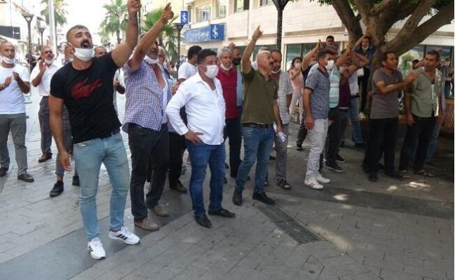 Mersin'de Minibüs Hattı Gerginliği Taş Bina Önüne Taşındı