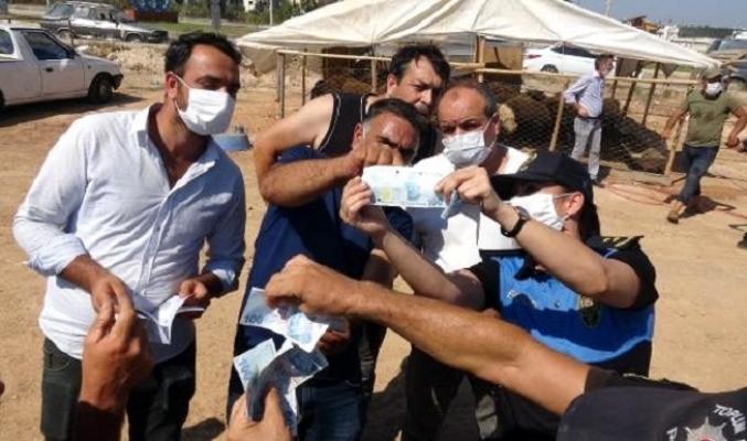 Mersin Polisi, Kurban Satıcılarını Sahte Para Konusunda Bilgilendirdi