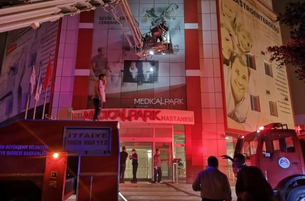 Tarsus'da Özel Bir Hastanedeki Yangın Korkuttu