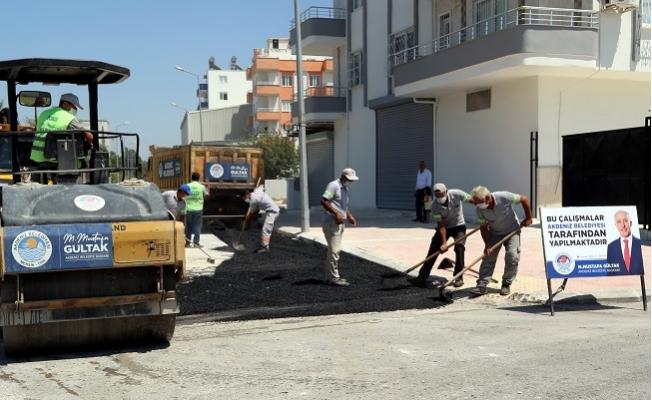Akdeniz Belediyesi Yol Çalışmalarını Aralıksız Sürdürüyor