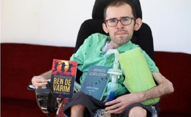 DMD Kas hastası Harun'un Edebiyat Aşkı