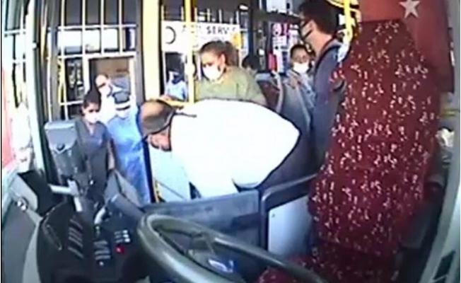 Mersin Büyükşehir Otobüs Şoförü, Fenalaşan Kadın Yolcuyu Hastaneye Yetiştirdi.