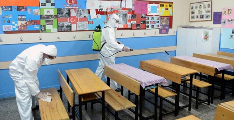 Mersin'de Üç Okuldaki Öğretmende Koronavirüs'e Rastlandı