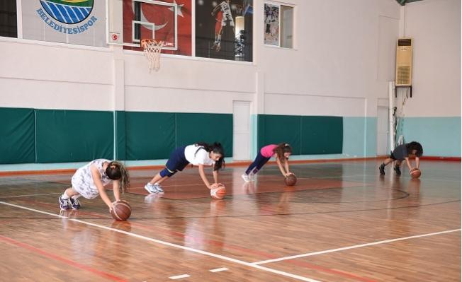 Tarsus Belediyesi Spor Kulübünden Çocukları Spora Teşfik Edecek Adım