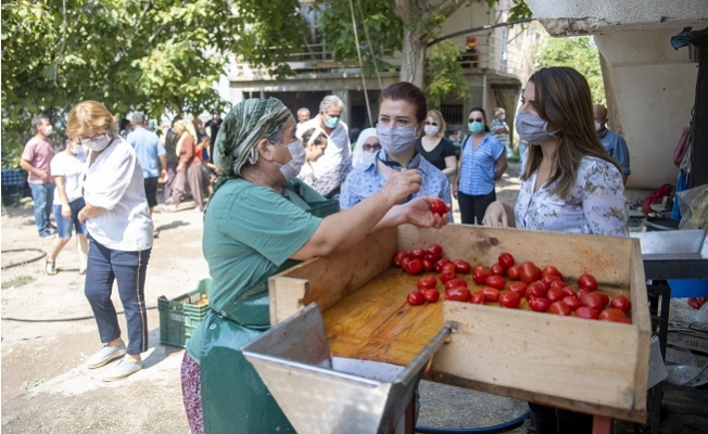 Erdemli'li Kadınlar Üretici Pazarı İstiyor