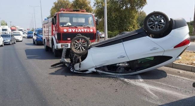 Mersin'de Taksi İle Cip Çarpıştı: 4 Yaralı