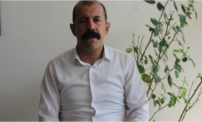 Narenciye İşçilerinin Hakları İçin İş Bırakma Çağrısı Yaptı Mersin'de Gözaltına Alındı.