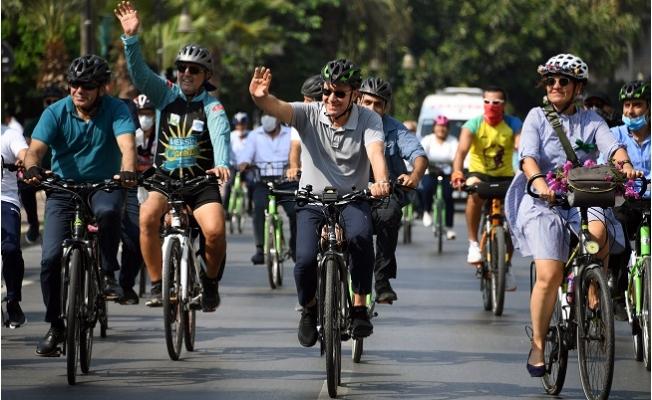 """Seçer, """"2021 Yılı İçerisinde 100 Kilometrelik Bisiklet Yolu Hedefliyoruz"""""""