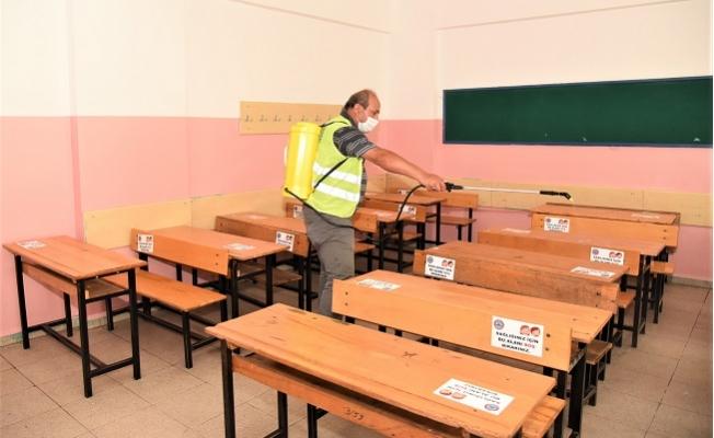 Toroslar'da Eğitim Öğretim Öncesi Okullar Dezenfekte Edildi.