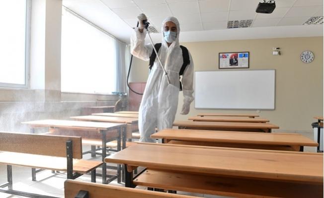 Yenişehir'de Okullar ve ASM'ler Dezenfekte Ediliyor