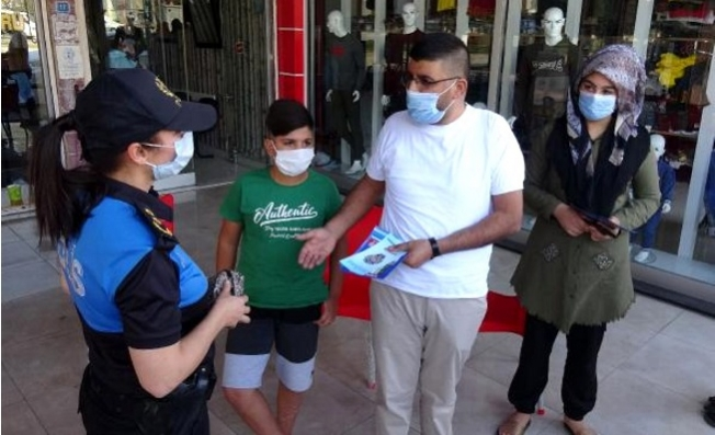 Mersin'de Polis Kapı Kapı Dolaşıp; Korona, Hırsızlık ve Dolandırıcılık Uyarısı Yaptı
