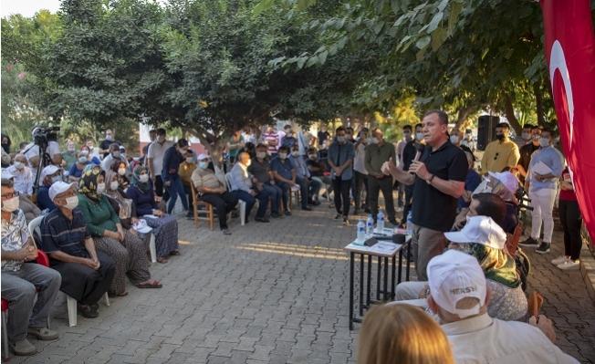 """Seçer, """"Sosyal Belediyecilik Ana-Baba Gibidir, Şefkatlidir""""."""