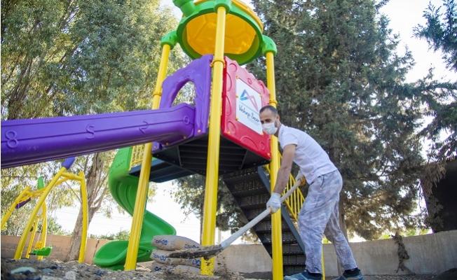 Büyükşehir'den 13 İlçede 50 Mahalleye Çocuk Oyun Parkı
