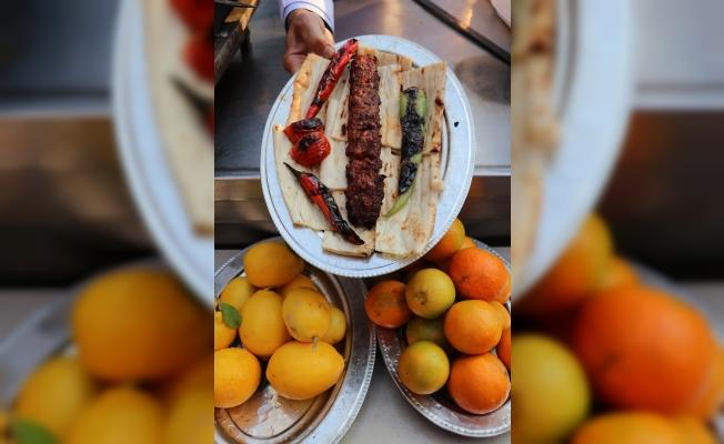 Kebabın Vazgeçilmezi Kırmızı Biber, Portakaldan Fazla C Vitamini Barındırıyor