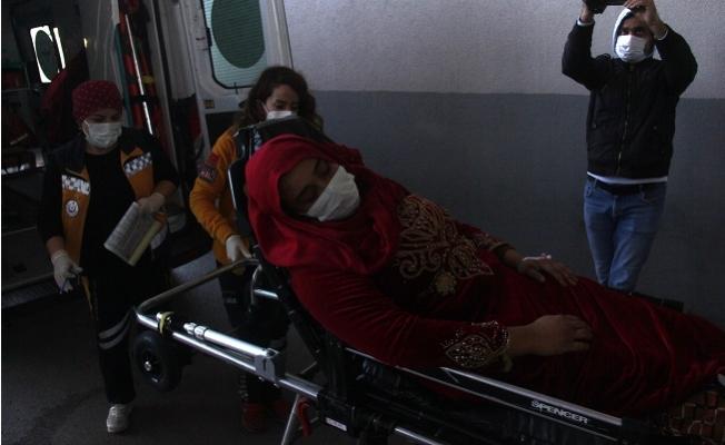 Kıskançlık Krizine Girince 19 Yaş Küçük Eşini Banyoda Bıçakladı