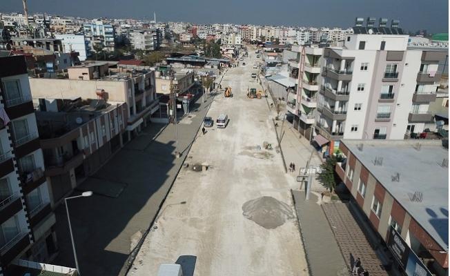 Mersin'de Birçok Noktada Asfalt Çalışması Sürüyor