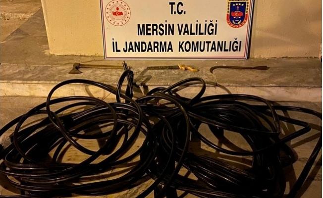 Mersin'de  Telefon Hattı Kablolarını Çalan 3 Kişi Yakalandı