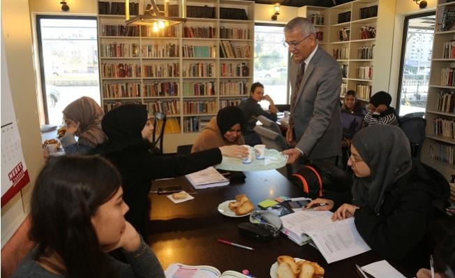 Mezitli Belediyesinden Salgın Döneminde 588 Üniversite Öğrencisine Eğitim Desteği