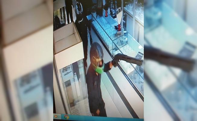 Mersin'de Polise Silahlı Saldırıda Bulunan Gasp Çetesi Çökertildi