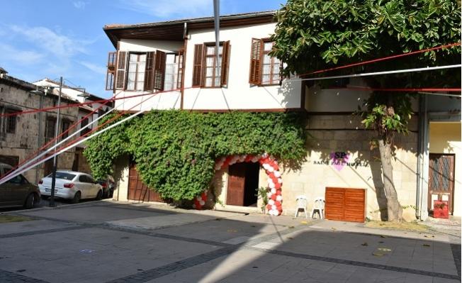 Tarsus'a Kazandırılan Butik Otel Yerli ve Yabancı Turistlere Hizmet Veriyor