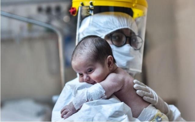 """""""Yeni Doğan Bebeklerde Covid-19 Virüs Saptanmamıştır"""""""
