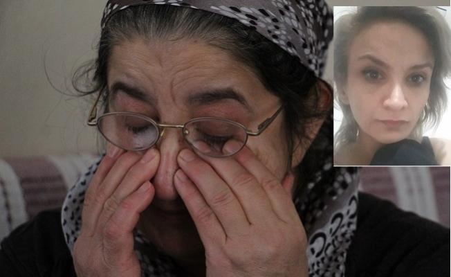 8 Aydır Haber Alamadığı Kızı İçin , Gözyaşlarına Boğuldu
