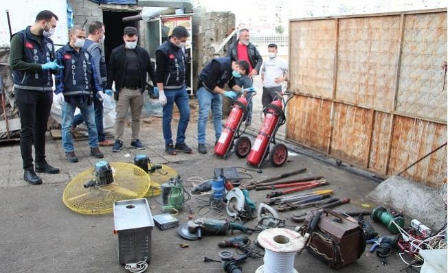 Hurdacılara 120 Polisle Şok Baskın