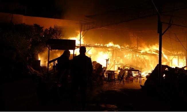 Mersin'de Hızar Atölyesindeki Yangın Korkuttu