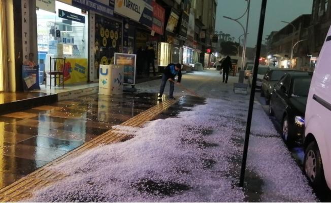 Meteoroloji Uyarmıştı. Mersin'i Dolu Vurdu