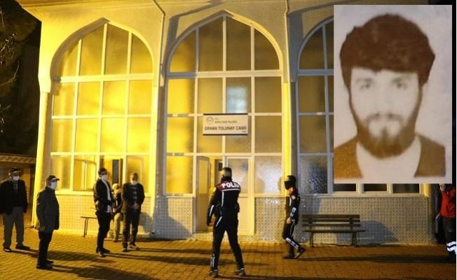 'Namaz Kılacağım' Diyerek Kapattırmadığı Camide Ölü Bulundu